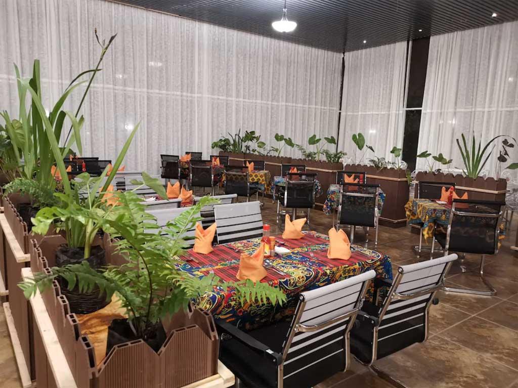 Jambo Mara Safari Lodge - dining area